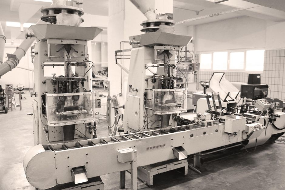 what's better - to rebuild or replace an aging vertical form fill and seal machine?